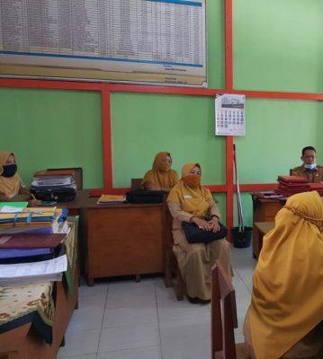 Monitoring pengumuman kelulusan Sekolah Dasar (SD) di Kecamatan Putussibau Utara dan Putussibau Selatan