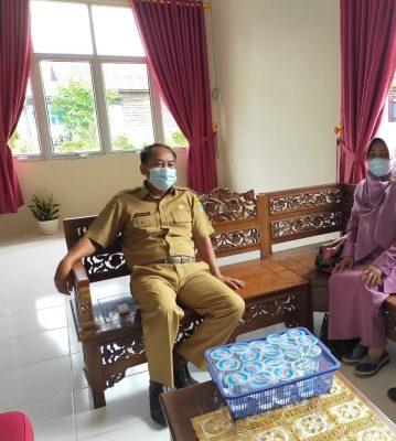 Kadis Disdikbud KH menerima kunjungan dua orang instruktur yang ditunjuk oleh Kementerian Pendidikan dan Kebudayaan RI