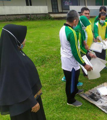 Pemusnahan ijazah jenjang SMP tahun ajaran 2019/2020