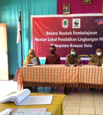 Kepala Dinas membuka kegiatan naskah pembelajaran muatan lokal